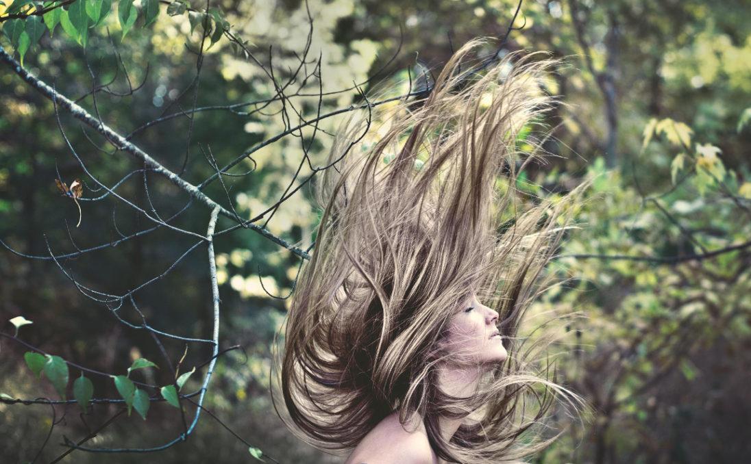 Olejki na pomoc suchej skórze i włosom