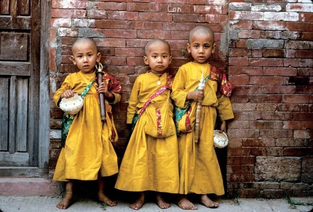 """""""Mali książęta"""" - nepalski historyje..."""